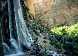 ابشار مارگون یکی از زیبایی های استان فارس