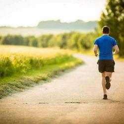 به طور منظم بدوید. از مزایای عمده دویدن میتوان به سلامت ماندن قلب و ریه اشاره کرد.همچنین تقویت عضلات اصلی بدن، کشش و انعطاف پذیری آنها، تقویت استخوانها، تنظیم ضربان قلب و فشار خون از مزیتهای عمده دویدن هستند. اشخاصی که به طور منظم و مستمر این ورزش را انجام میدهند، معمولاً سالمتر از دیگران هستند. این افراد همچنین خواب راحتتری دارند و عموماً استرس کمتر به سراغشان میرود. #خریدازخانه #بیشترزندگی_کن #دویدن #ورزش  Www.kharidazkhaneh.com