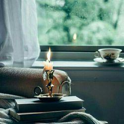 پنجشنبه ها  دل تنگ ترم...  منم و دو چای چشم به ایوان،  باز با خیالت .. دلم را گرم کردی    چایم را ســرد..!