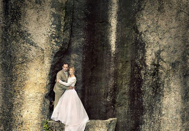 عکاسی از عروس و داماد در لبه پرتگاه