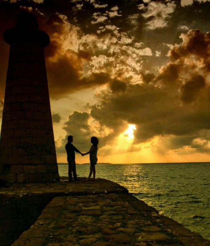 عشق اگر واقعی باشد  نه ڪم میشود... نه ڪهنه... نه ڪم رنگ...  دوست داشتن باید از عمق وجودت باشد این رمز ماندگاری عشق است  ✌☺❤☺✌@shahbano