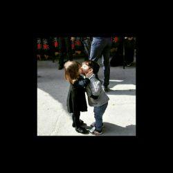 عشق سن را نمی پرسه