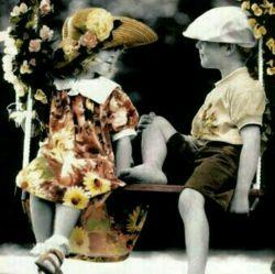 """پیدا کردن یک دوست باوفا و صادق مانند یافتن  قطره """"اشکی"""" در اقیانوس است  اگر چنین دوستانی دارید قدرشان را بدانید"""
