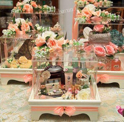 آلبوم تزئین هدایای بله برون و چمدون عروس داماد را در سایت عروس برون ببینید: /خبرگونه/البوم/www.aroosbarun.ir