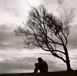 گفت منتظر بمان، رفت من منتظر نماندم، او هم نیامد ... چیزی شبیهِ مرگ شد بی آنکه کسی بمیرد ...!