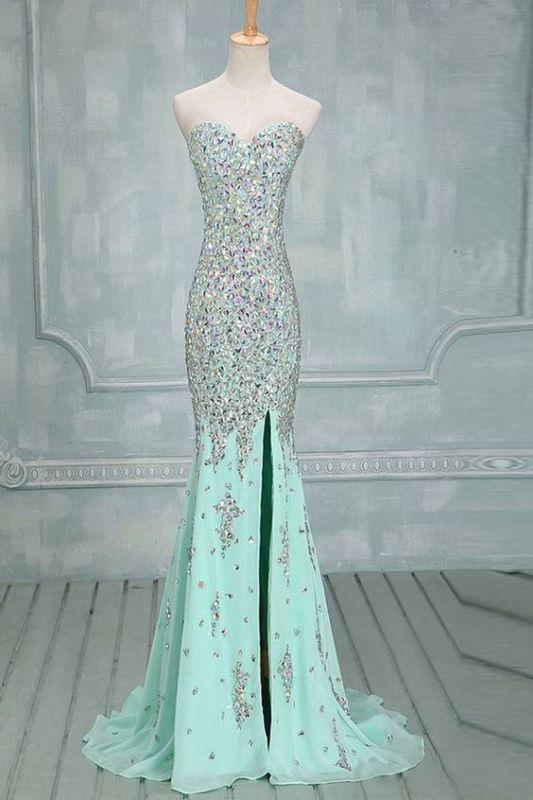 جدیدترین مدل های لباس مجلسی را در سایت عروس برون ببینید: aroosbarun.ir/خبرگونه/البوم/لباس مجلسی