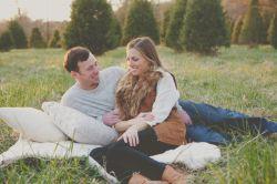 با نگاه کردن به همسر خود او را بستایید... با صحبت کردن به او عشق بورزید و او را شریک زندگی خود در تمامی لحظات بدانید...  #زندگی آنلاین