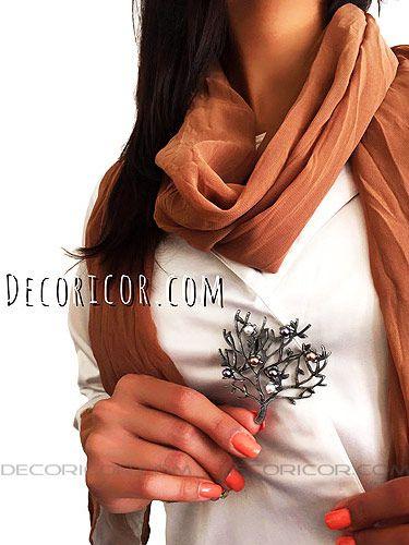 گل سینه درخت گل مروارید BR110 قیمت 35000 تومان www.Decoricor.com  Telegram.me/Decoricor_com  براى سفارش میتوانید به 09194489197 تلگرام مسیج بدهید یا تماس بگیرید و یا از سایت ما خرید آنلاین كنید.