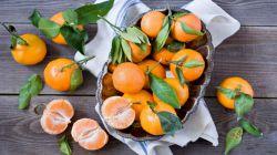 نارنگی سیستم ایمنی بدن را تقویت و کاهش سطح کلسترول خون می شود، همچنین تقویت سیستم گوارشی، کاهش وزن و تقویت بینایی از دیگر فواید این میوه پاییزی است.   #زندگی آنلاین
