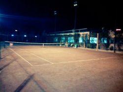 زمین تمرین تنیس خاکی
