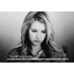 فقط بخاطر اینکه چیزی نشون نمیدم ب این معنی نیست ک احساس نمیکنم