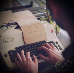 صد نامه فرستادم، صد راه نشان دادم! یا راه نمی دانی یا نامه نمی خوانی  #مولانا