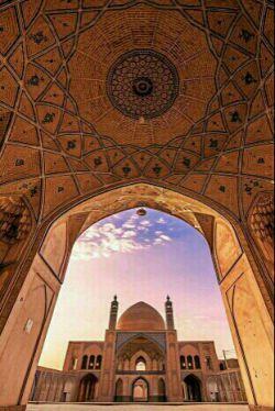 مسجد تاریخی آقا بزرگ _ کاشان _ اصفهان