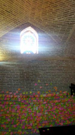 وقتی منودمریم@maryam0009 جیم فنگ میزنیم از مهمونی رفتن و سر از باغ جهان نما در میاریم #شیراز