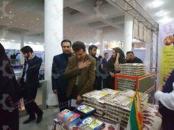حضور مهندس مولایی رئیس فنی و حرفه ای استان خوزستان در غرفه تعاونی مهرخواه صنعت در نمایشگاه کسب و کار اهواز - سال 95 مردی متواضع از جنس مردم