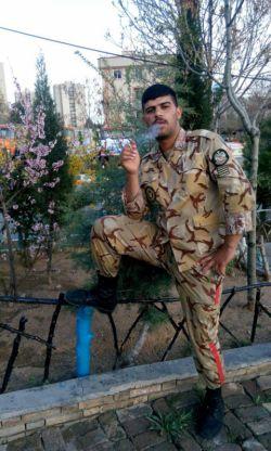 سلام دوستان خوبم این دوسال که نبودم سرباز بودم رفتم از شماها دفاع کردم الان برگشتم درخدمت شما دوستان خوبم