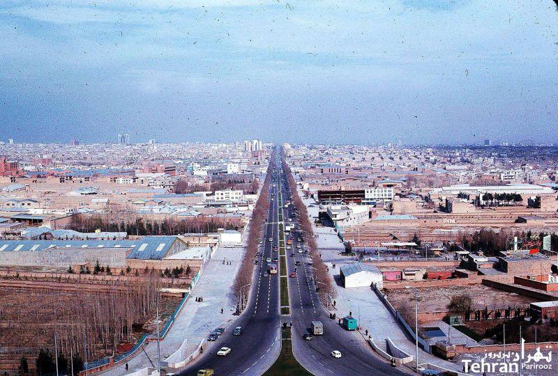 تهران از فراز برج شهیاد (آزادی) - سال ۱۳۵۳
