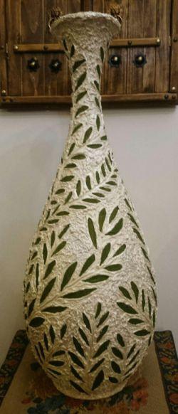 تقدیم به همه فعالان آرامش و صلح در ایران و جهان: شامل حدود 20 شاخه و 400 برگ زیتون
