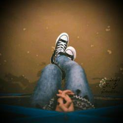 فرسود پای خود را چشمم به راه دور تا حرف من پذیرد آخر که! زندگی ؛  رنگ خیال ، بر رخ تصویر خواب بود... #سهراب_سپهری