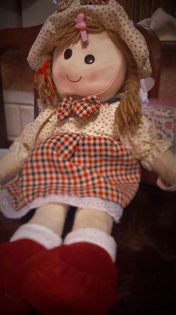 نگار خانم ، عروسک محبوب نازنین زهرا خانم
