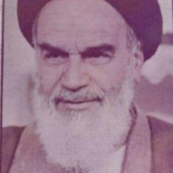 M.ALi اثنی عشری: http://pyshraft.com محمدعلی اثنی عشری و حجت الاسلام عبدالمجید معادیخواه : امام خمینی را در سال 1360 خنداندیم و کاوه گلستان عکس گرفت :