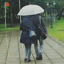 -هوایی نبودی بفهمی منو…  دارم مثل بارون؛ زمین میخورم.