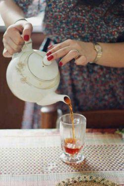 دلبری کردن همیشه کار انسانها که نیست... گاه گاهی استکانی چای هم دل میبرد...