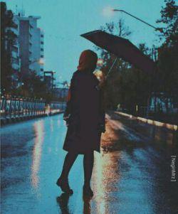حسی در تو پنهان است که بوی بهار می دهد حضور تو آفتابیست که میباردُ میباردُ  میبارد تو عشقت نم باران دارد...  #امیرمحمد_مصطفی_زاده