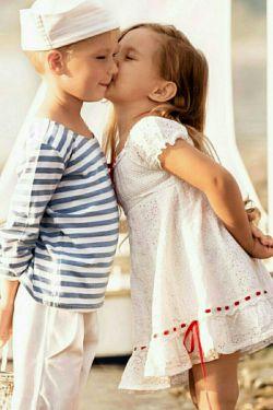 دل ❤ به دنیا نمی بندم دل❤ به تو می بندم که  تو دنیای منی.