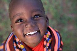 #یک لبخند ، یک کلمه ی محبت آمیز ، یک گوش شنوا ، یک تعریف صادقانه یا کوچکترین توجه را دست کم می گیریم ، در حالی که همه ی این ها قادرند یک زندگی را از این رو به آن رو کنند ...