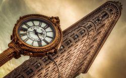 Flatiron Building Manhattan Clock