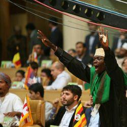 ابراز احساسات قاریان خارجی در سی و یکمین دوره مسابقات بین المللی قرآن کریم هنگام قرائت قرآن قاریان ایرانی