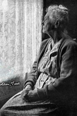 ای دلنگران، که چشم هایت بر در؛ شرمنده که امروز به یادت، کمتر!!  جز رنج، چه بود سهمت از این همه عشق♥ مظلوم ترین عاشق دنیا، مادر! روز مادر و زن بر بانوان سرزمینم مبارک ❤️❤️❤️