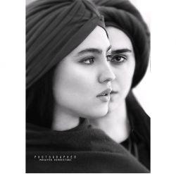 «زن» در زبان کردی به زیباترین نحو ممکن معنا شده...نه خانم است نه زنیکه نه ضعیفه و نه حتی زن...او را «آفرت» مینامند یعنی افریننده...روز زن مبارک :)❤