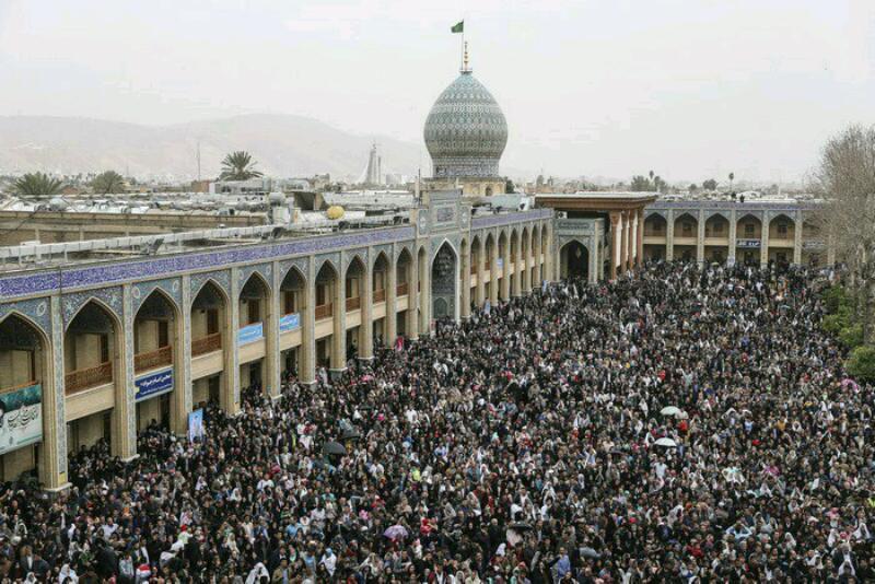 مراسم سال تحویل امروز. شاهچراغ شیراز