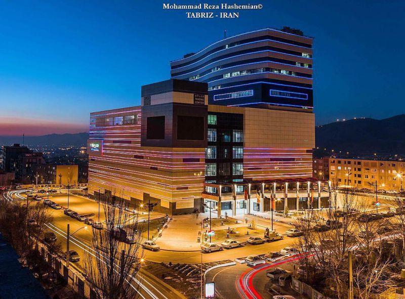 مرکز تجاری و خرید اطلس در ولیعصر تبریز