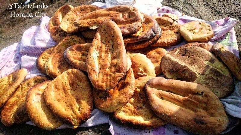 نان محلی قره داغ