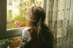 گلچین شـــعر:   محبت رفته از دل ها،چرایش را نمی دانم رفاقت گم شده در ما،چرایش را نمی دانم  به کام کس نمی گردد دگر این چرخ بازیگر که می نالند انسان ها،به سان طفل بی مادر  نه عشق است و نه ایمانی،ریا افتاده در جان ها نگاهی نیست از شوقی،میان قوم انسان ها  خداوندا از این ظلمت نجاتم ده پناهم باش  منیر مطلق هستی ,در این شب ها تو ماهم باش