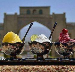 در بهشت اردیبهشت   «ویراستاران»  با سه کارگاه در شیراز   ویرایش + نگارش + وُرد   جزئیات و نامنویسی:  virastaran.net/a/h/9021 ۰۹۱۷۰۰۰۹۷۱۴ آغاز از شنبه ۲۶فروردین۱۳۹۶