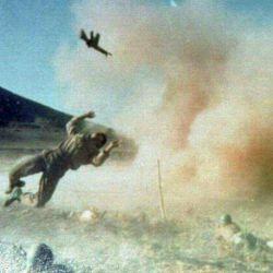 لحظه اصابت موشک و شهادت رزمنده  شهادتت مبارک