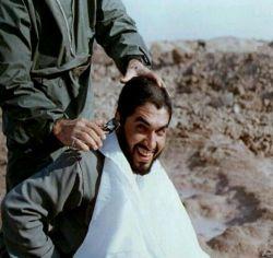 حاج احمد کاظمی البته درحال کچل شدن