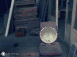 ساعت به وقت نبودنت...| #ساعت | #دلتنگی | #لنزور | #عکاسی_با_موبایل | #عاشقانه