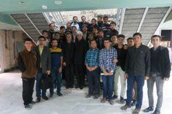عکس دسته جمعی دانشجویان جدیدالورود کارشناسی ۹۵ با مسئولین دانشکده دانشگاه صنعتی امیرکبیر-پردیس ماهشهر