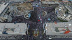 استقبال نیم میلیونی مشهدی ها.. این صحنه شگفت انگیز رو ببینید