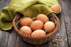 متیل سولفونیل متان یا MSM چیست؟ یک ترکیب سولفور طبیعی است و مشتق تغذیه ای دی متیل سولفوکساید است که دارای خواص ضد درد و کمک به سولفور برای سولفاسیون گلیکوز امینوگلیکانهاست (GAG).  متاسفانه در تغذیه ما میزان سلفور پایین است و همان میزان سولفور پایین نیز به دلیل پختن غذا از بین میرود. کارتیژن فورت میزان سولفور مورد نیاز بدن را تامین میکند.