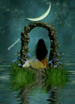 نه جانم !  روز درد ندارد ..  شب است که میفهمی   تا به حال  چقدر مُرده ای ...!
