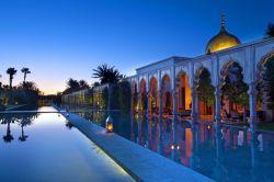 آیا می خواهید تنها یا همراه دوستانتان به کشور مسلمان مراکش بروید؟ جدا از سوال در مورد غذاهای مراکش که خیلیها به آن حساسیت غذایی دارند، این سوال مطرح است که وقتی خانمی میخواهد تنها یا به همراه دوستانش به مراکش، کشوری مسلمان سفر کند، چه چیزهایی را باید در مورد این کشور بداند.
