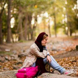 زجرآورتر از سرطانِ تنهایی دردناکیِ زخم خاطراتی است که با اشارۀ یک حرف.. یا نجوای یک ترانه.. یا بوی از دست رفتۀ عطری قدیمی.. حتی با چشمکِ ممتد یک خیابان ... یا شاید با دیدن صحنۀ هم آغوشیِ فیلمی ملودرام سر باز می کند..