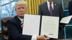 در حالی که ترامپ بخش زیادی از تعهدات آمریکا در توافقنامه پاریس درباره کنترل تغییرات اقلیمی را لغو کرد!مسئولان کشورمان برای پیوستن به توافق پاریس تلاش عجیب و قابل تأملی داشتند!