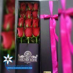 جعبه گل با رز های خوابیده از جمله زیباترین و به روز ترین مدل های گل در ایران است . ما همیشه به دنبال جدیدترین های دنیا می رویم تا بتوانیم نظر شما عزیزان که از گل های تکراری و یک شکل خسته شده اید جلب کنیم. سری گلد گل گلدون همان باکس شیکی است که شما میخواهید.  https://www.golegoldoon.com/products/253/%D8%A8%D8%A7%DA%A9%D8%B3-%DA%AF%D9%84-%D8%B1%D8%B2-12-%D8%AA%D8%A7%DB%8C%DB%8C-%D8%B3%D8%B1%DB%8C-%DA%AF%D9%84%D8%AF